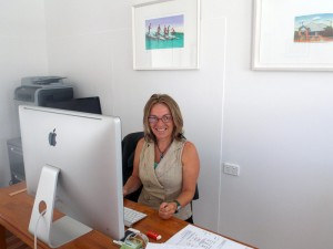 Vicki Langham-Stavrou working at Ed Silk Byron Bay real estate office